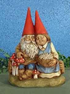 45 Beautiful Christmas Fairy Garden Decor Ideas (13)