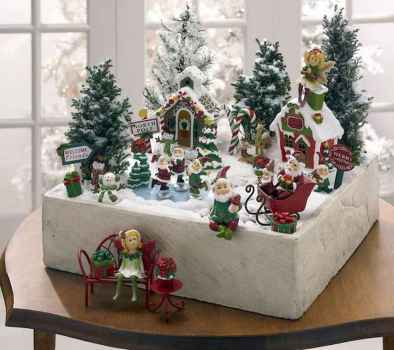 45 Beautiful Christmas Fairy Garden Decor Ideas (29)