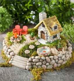 45 Beautiful Christmas Fairy Garden Decor Ideas (8)