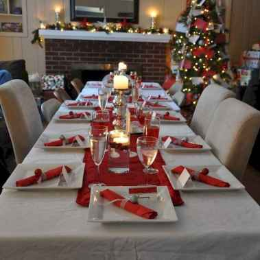 50 Stunning Christmas Table Dining Rooms Decor Ideas (44)