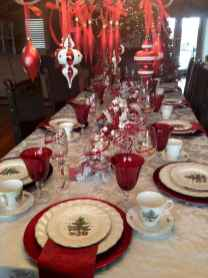 50 Stunning Christmas Table Dining Rooms Decor Ideas (7)