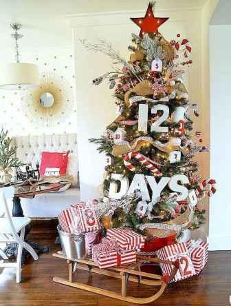 60 Awesome Christmas Tree Decor Ideas (39)