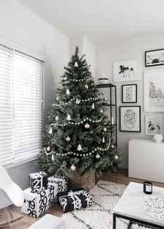 60 Awesome Christmas Tree Decor Ideas (55)