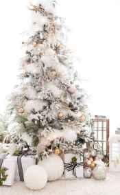 60 Awesome Christmas Tree Decor Ideas (6)