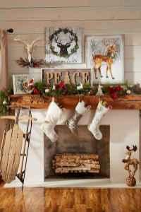60 Simple Living Room Christmas Decor Ideas (19)