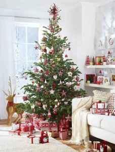 60 Simple Living Room Christmas Decor Ideas (20)