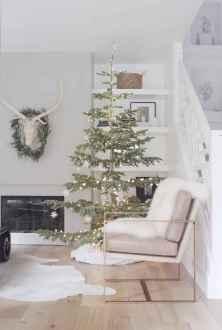 60 Simple Living Room Christmas Decor Ideas (27)