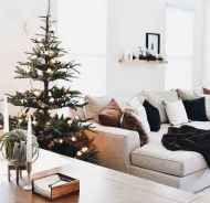 60 Simple Living Room Christmas Decor Ideas (39)
