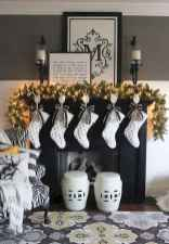 60 Simple Living Room Christmas Decor Ideas (47)
