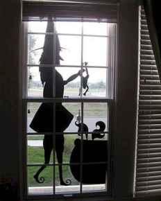 15 Creative Halloween Window Decoration Ideas (6)
