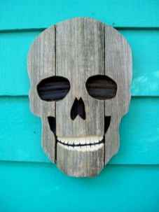20 Creative Halloween Decorations to Get Your Home Ready for the Holiday (18)