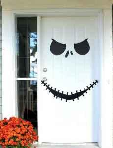 25 Creative Halloween Door Decorations for 2018 (26)