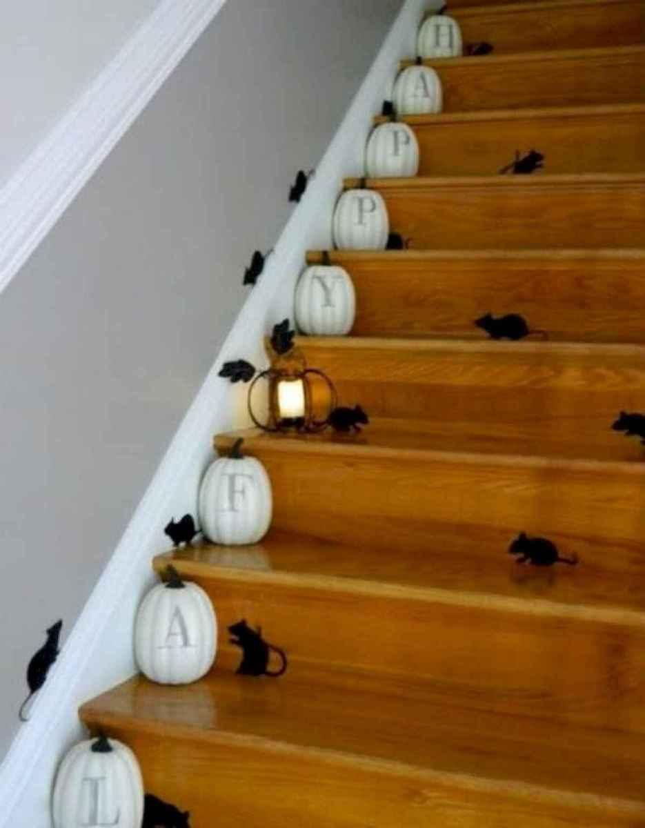 25 Creative Indoor Halloween Decorations Ideas (13)