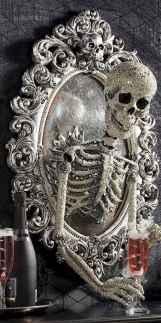 25 Creative Indoor Halloween Decorations Ideas (8)
