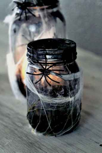 30 Best Creative DIY Mason Jar Halloween Crafts to Spice Up Your Fall Decor (17)