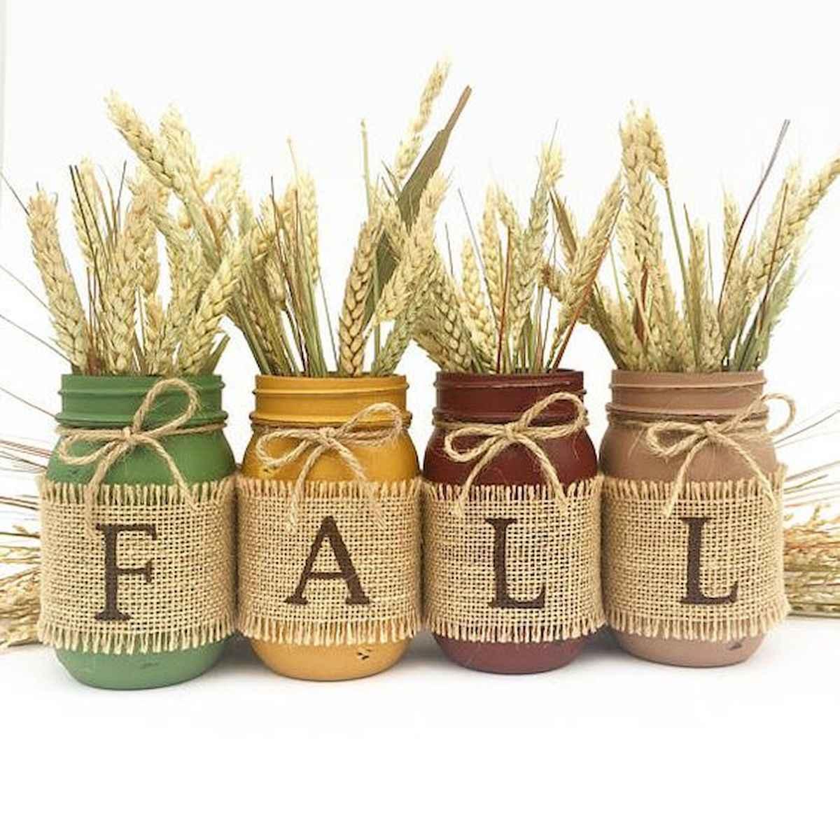 30 Best Creative DIY Mason Jar Halloween Crafts to Spice Up Your Fall Decor (4)