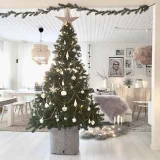 40 Cheap and Easy Christmas Decorations for Your Apartment Ideas (13)