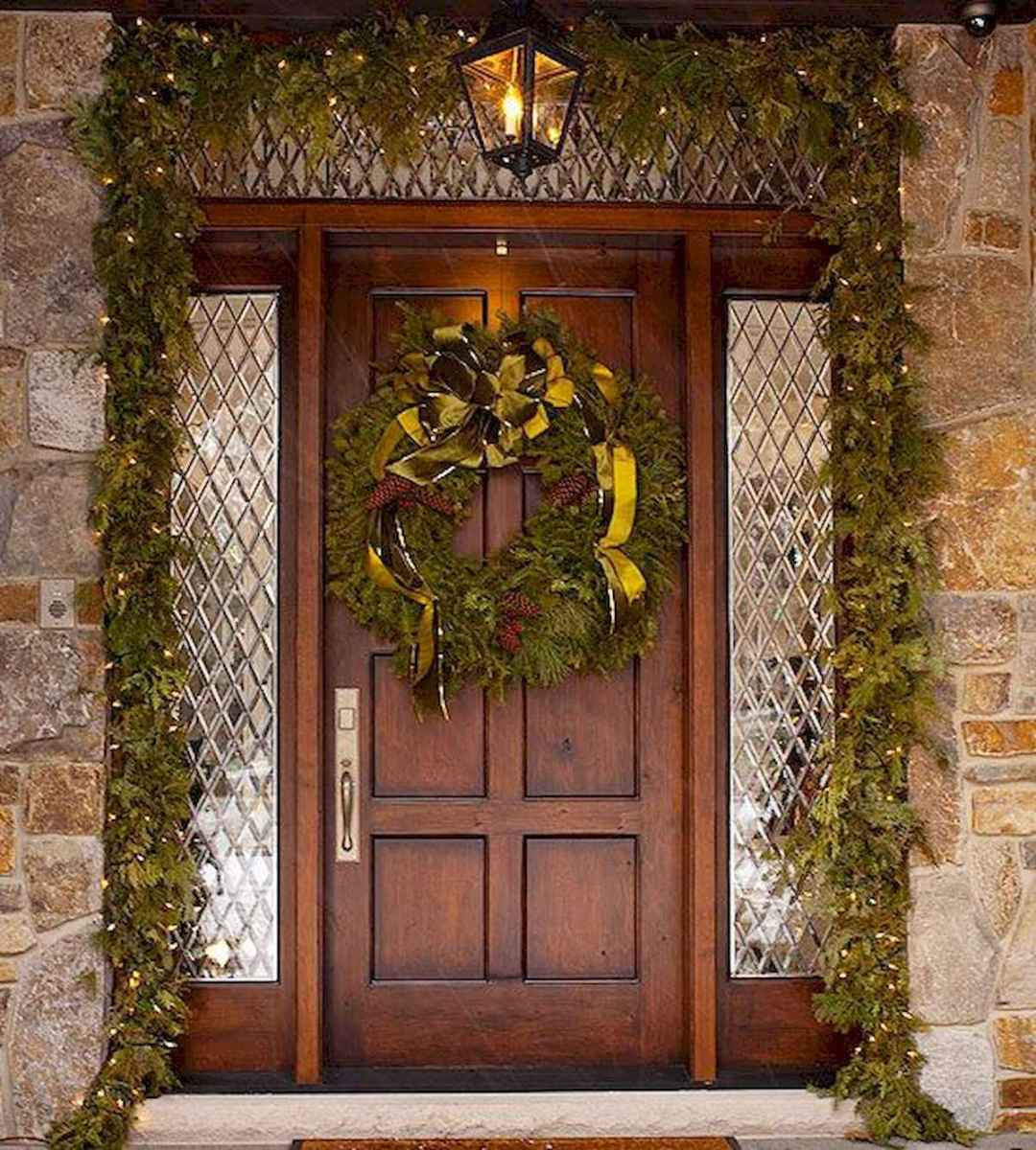 50 Awesome Christmas Front Porch Decor Ideas And Design (18)