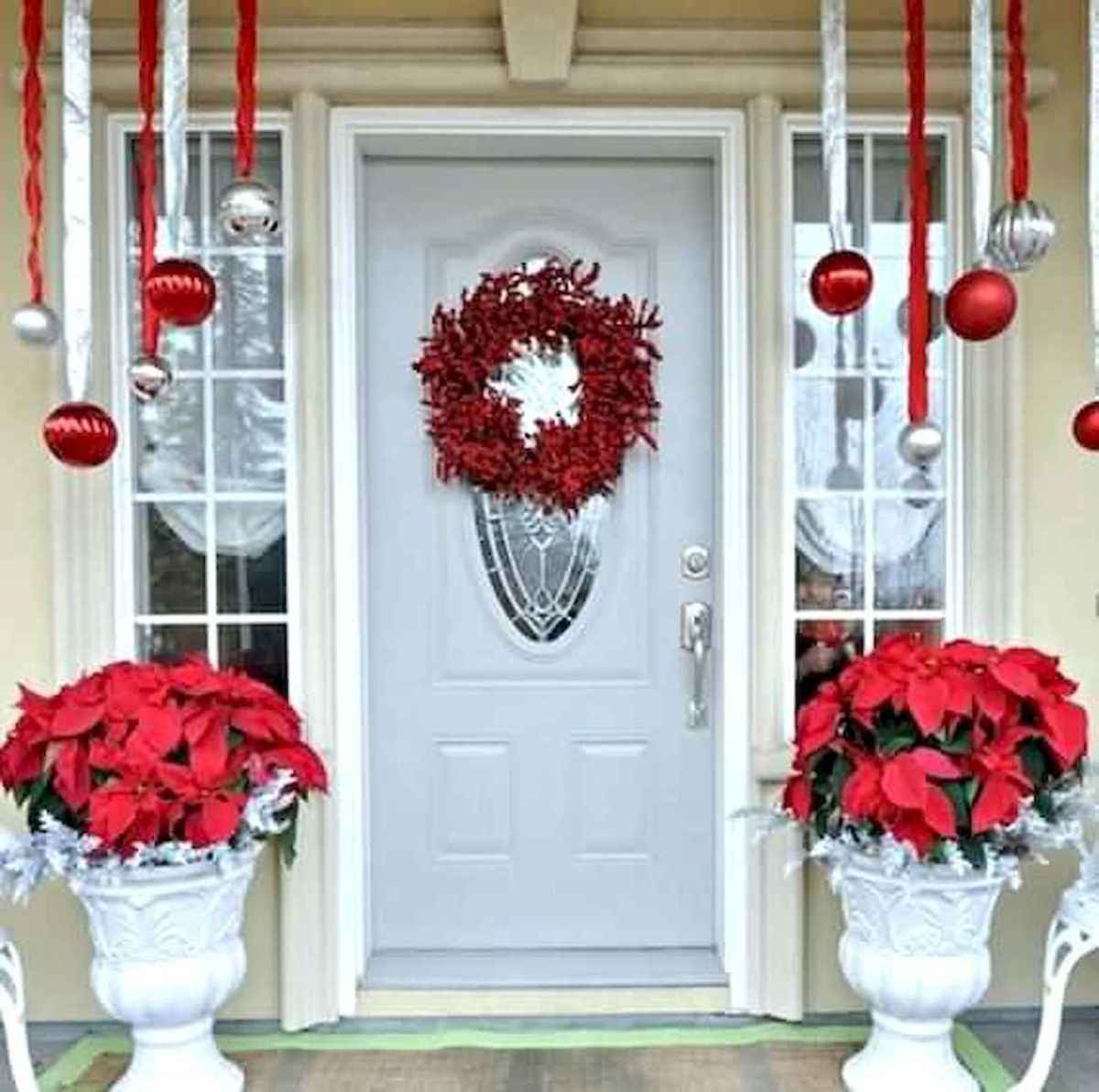 50 Awesome Christmas Front Porch Decor Ideas And Design (24)