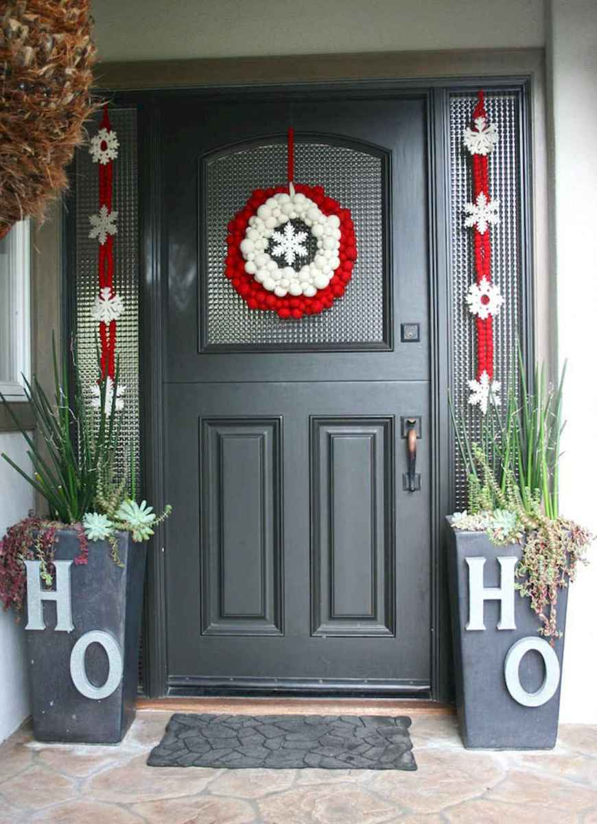 50 Awesome Christmas Front Porch Decor Ideas And Design (5)