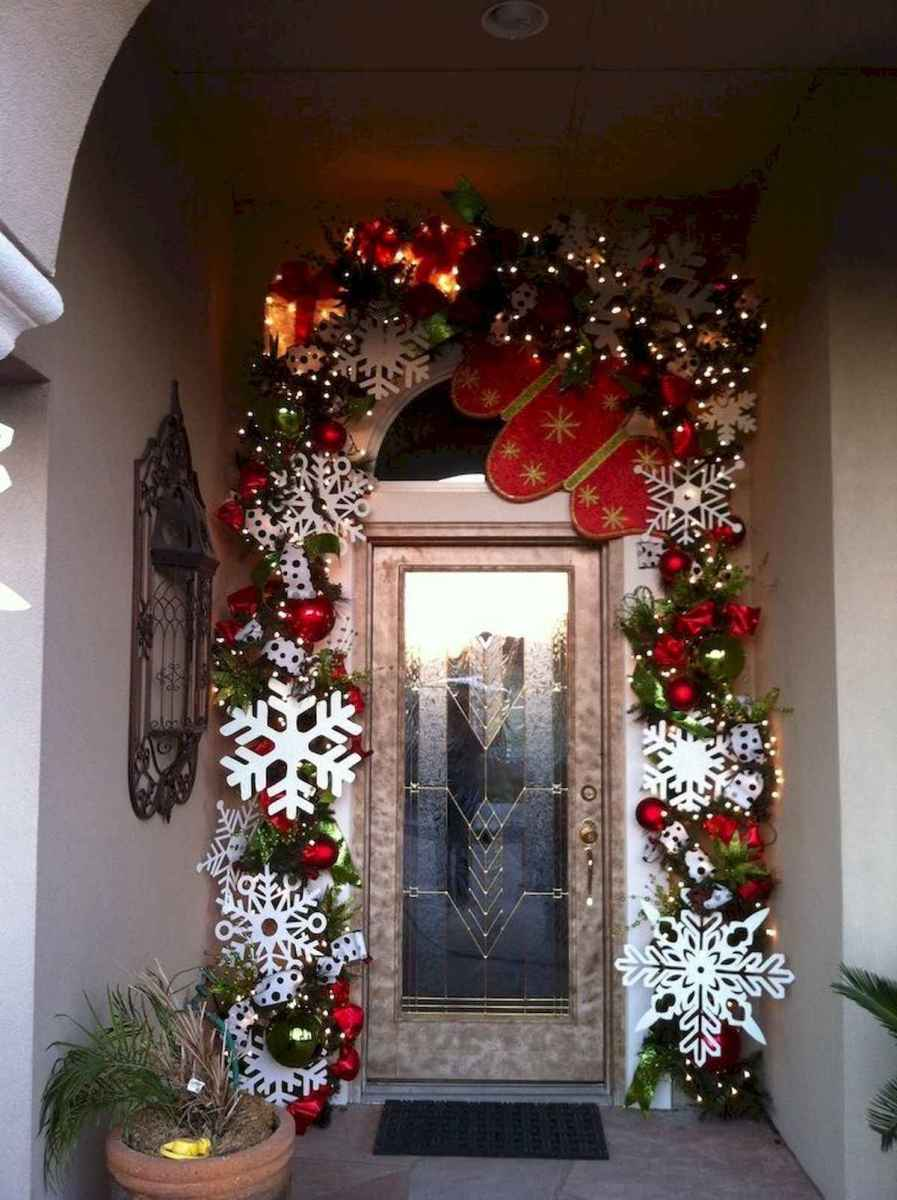 50 Awesome Outdoor Christmas Decor Ideas And Makeover (22)