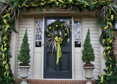 50 Awesome Outdoor Christmas Decor Ideas And Makeover (23)