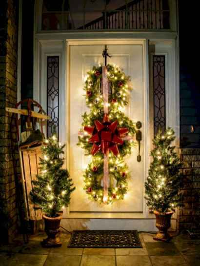 50 Awesome Outdoor Christmas Decor Ideas And Makeover (40)
