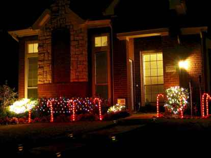 50 Awesome Outdoor Christmas Decor Ideas And Makeover (6)