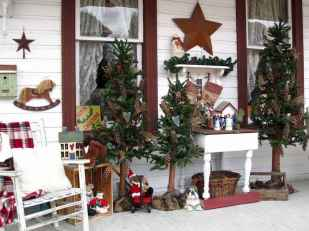 50 Christmas Front Porch Decor Ideas And Makeover (13)