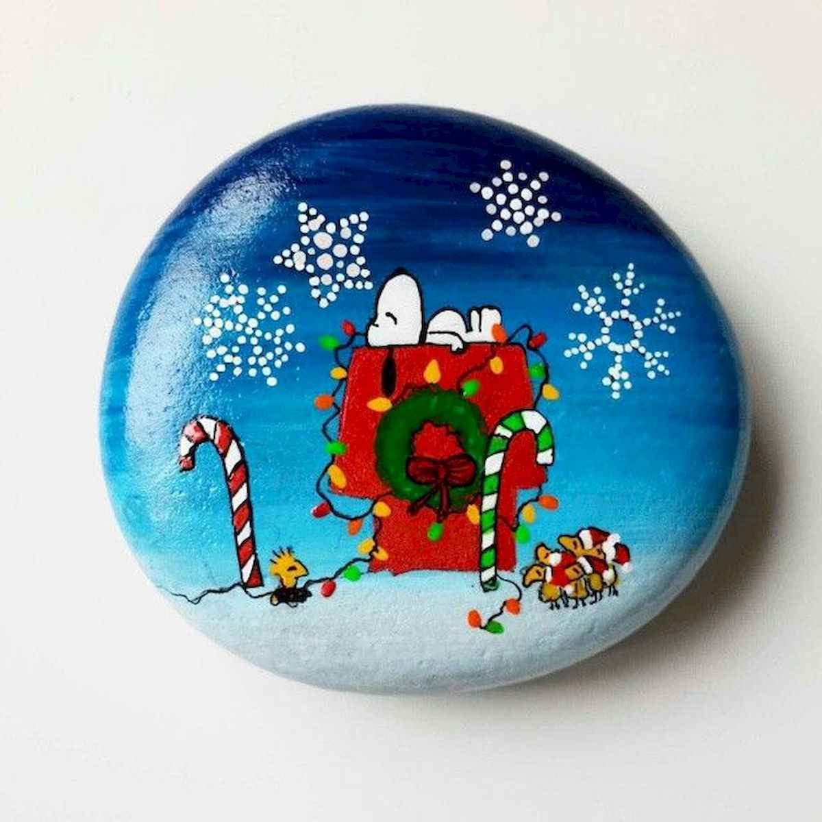 50 Easy DIY Christmas Painted Rock Design Ideas (46)