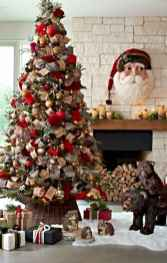 60 Best Farmhouse Christmas Decorating Ideas And Makeover (15)