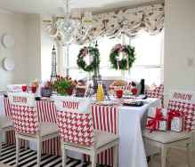 60 Best Farmhouse Christmas Decorating Ideas And Makeover (50)