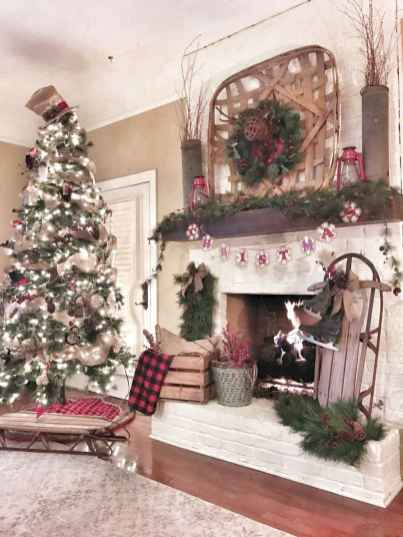 60 Best Farmhouse Christmas Decorating Ideas And Makeover (6)