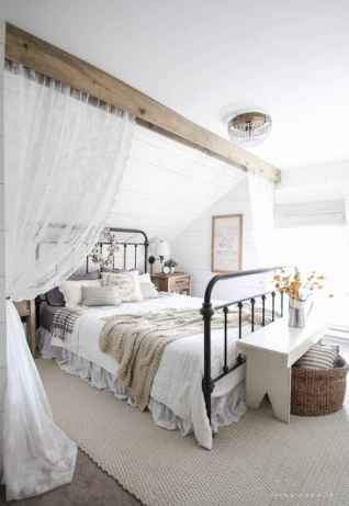 120 Awesome Farmhouse Master Bedroom Decor Ideas (33)