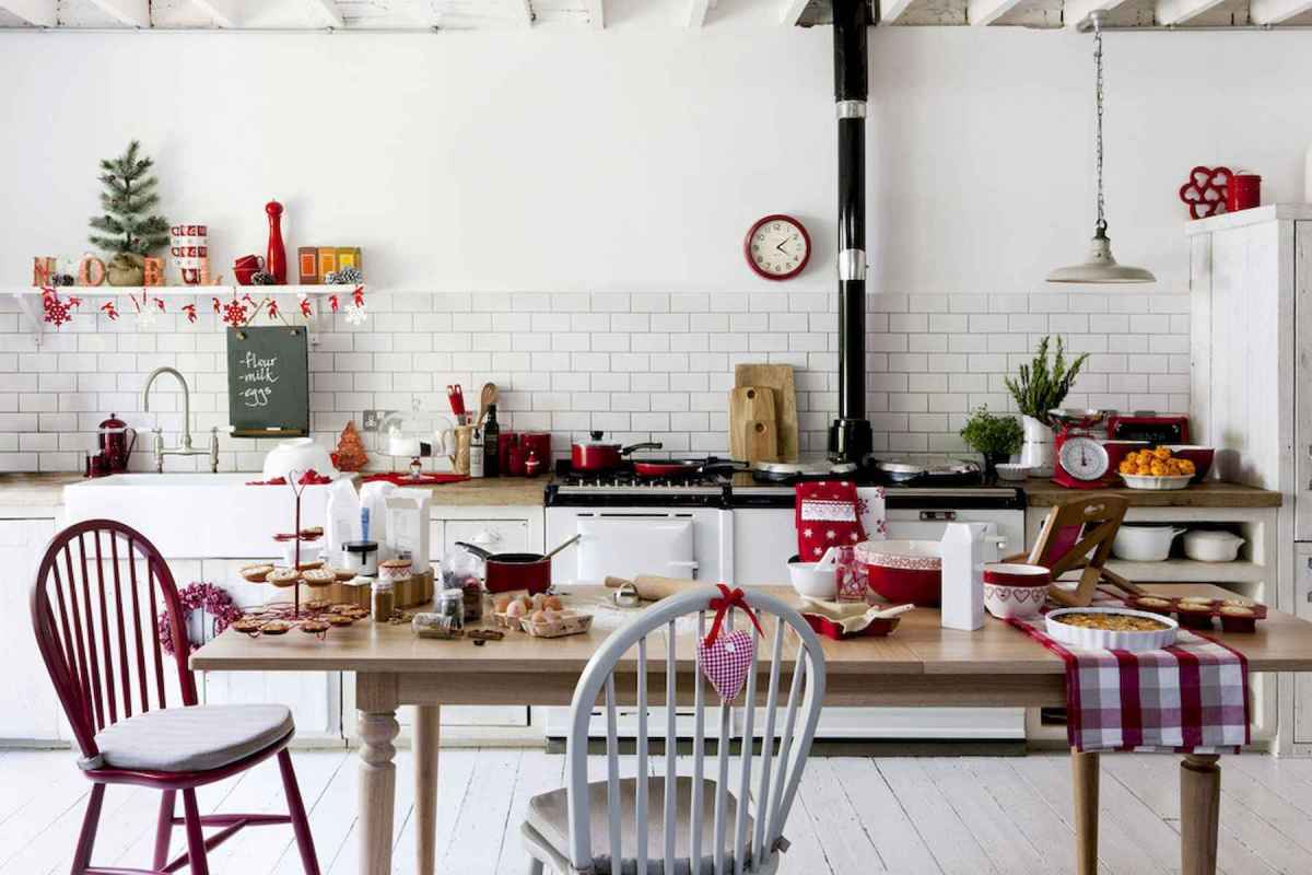 20 Elegant Christmas Kitchen Decor Ideas And Makeover (9)