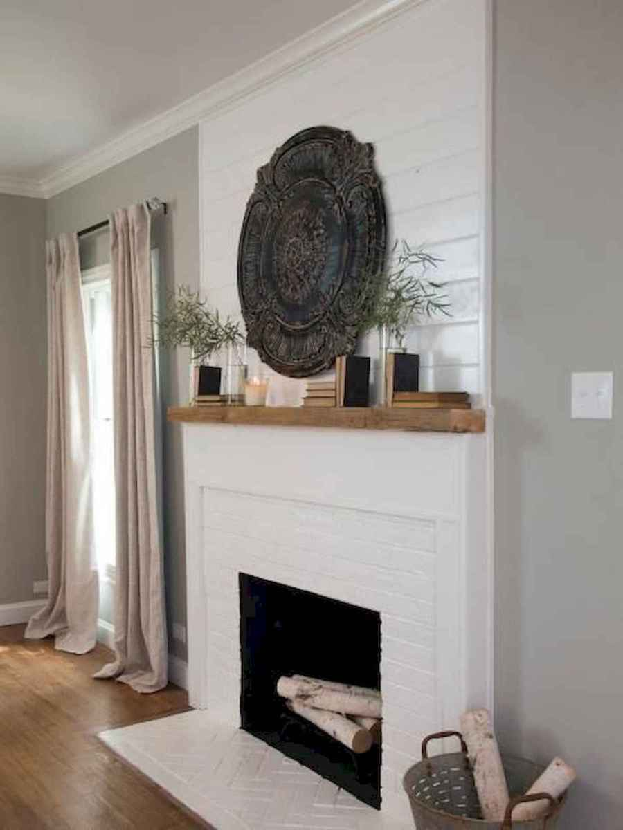 40 Awesome Fireplace Makeover For Farmhouse Home Decor (12)