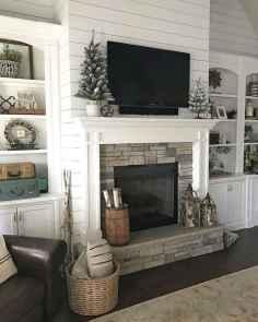 40 Awesome Fireplace Makeover For Farmhouse Home Decor (29)