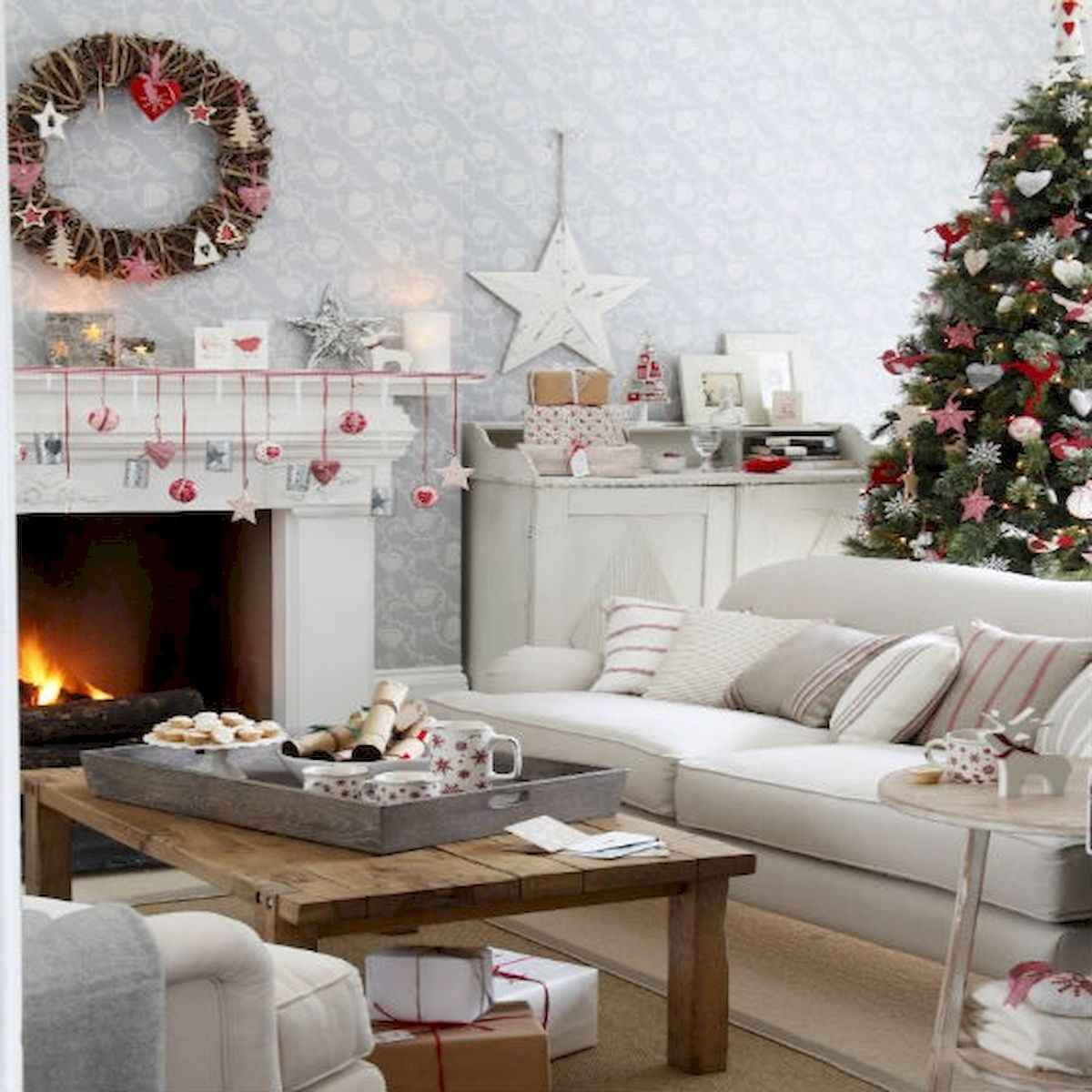 60 Awesome Farmhouse Christmas Decorating Ideas And Makeover (8)