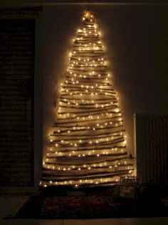 70 Awesome Christmas Lights Apartment Decorating Ideas And Makeover (37)