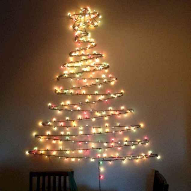 70 Awesome Christmas Lights Apartment Decorating Ideas And Makeover (69)