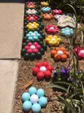 24 Beautiful DIY Garden Ball Ideas (14)