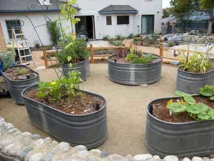 26 Creative Vegetable Garden Ideas And Decorations (25)