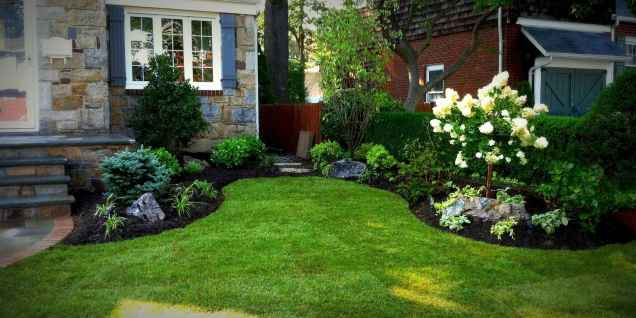 40 Inspiring Front Yard Landscaping Ideas (8)