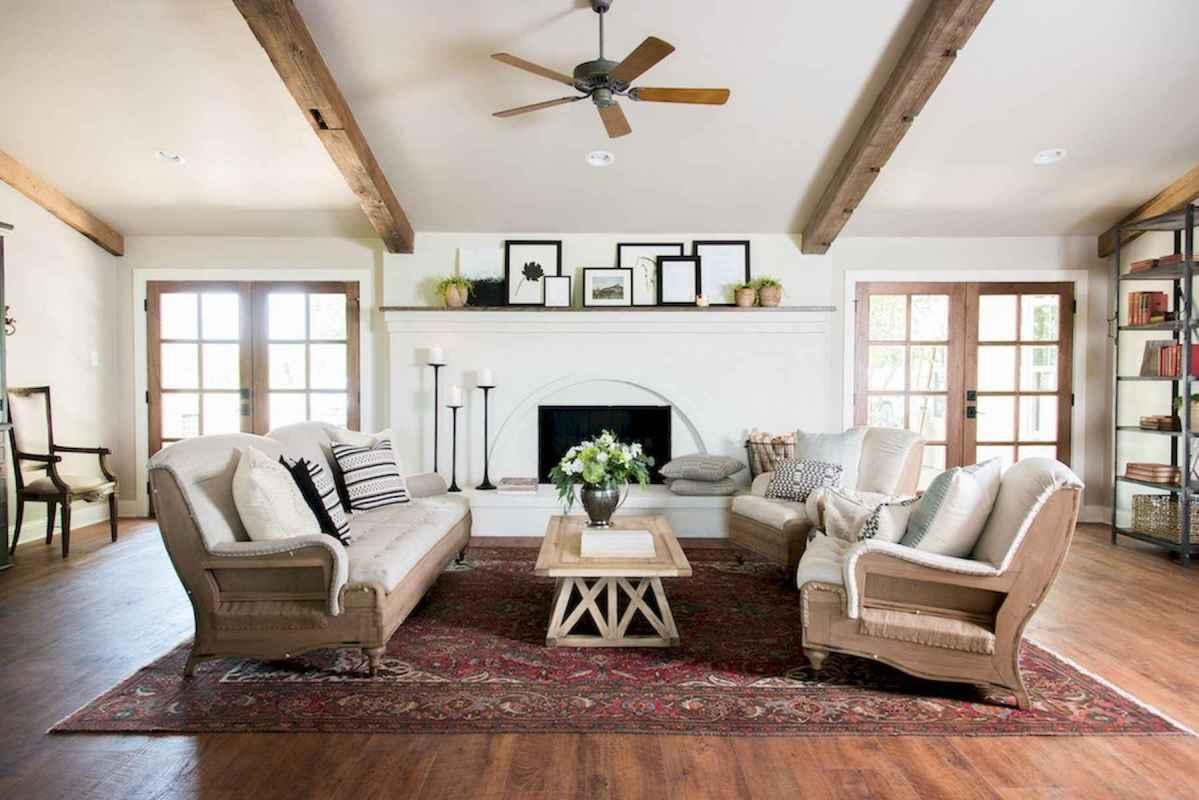 50 Rustic Farmhouse Living Room Decor Ideas (18)