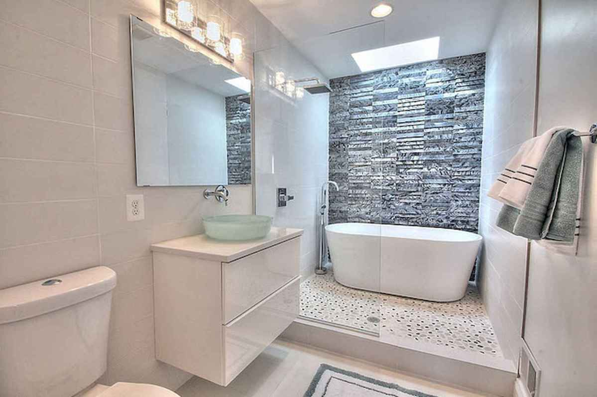54 Amazing Small Bathroom Remodel Ideas (16)