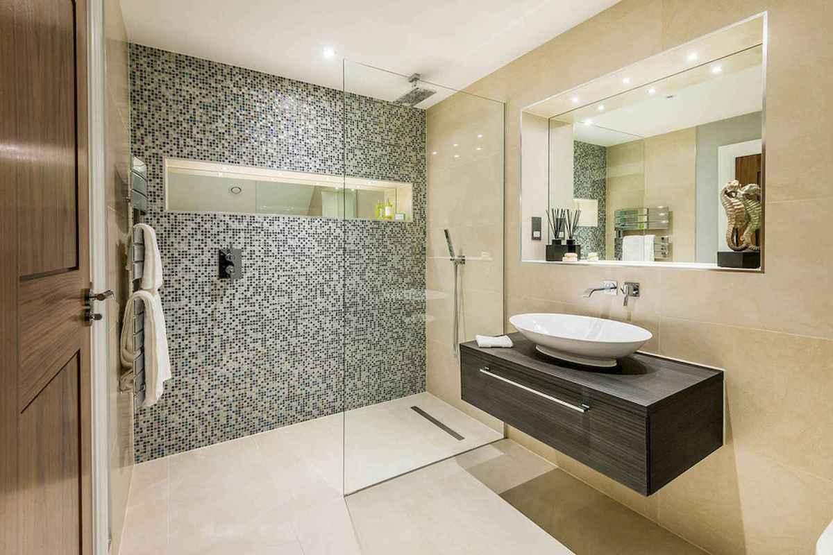 54 Amazing Small Bathroom Remodel Ideas (42)