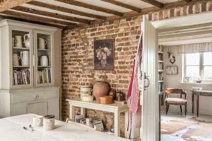 60 Stunning Farmhouse Home Decor Ideas On A Budget (58)