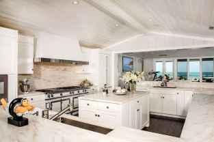 70 Luxury White Kitchen Design Ideas And Decor (61)
