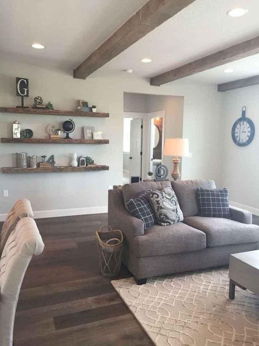 33 Farmhouse Living Room Flooring Ideas (21)