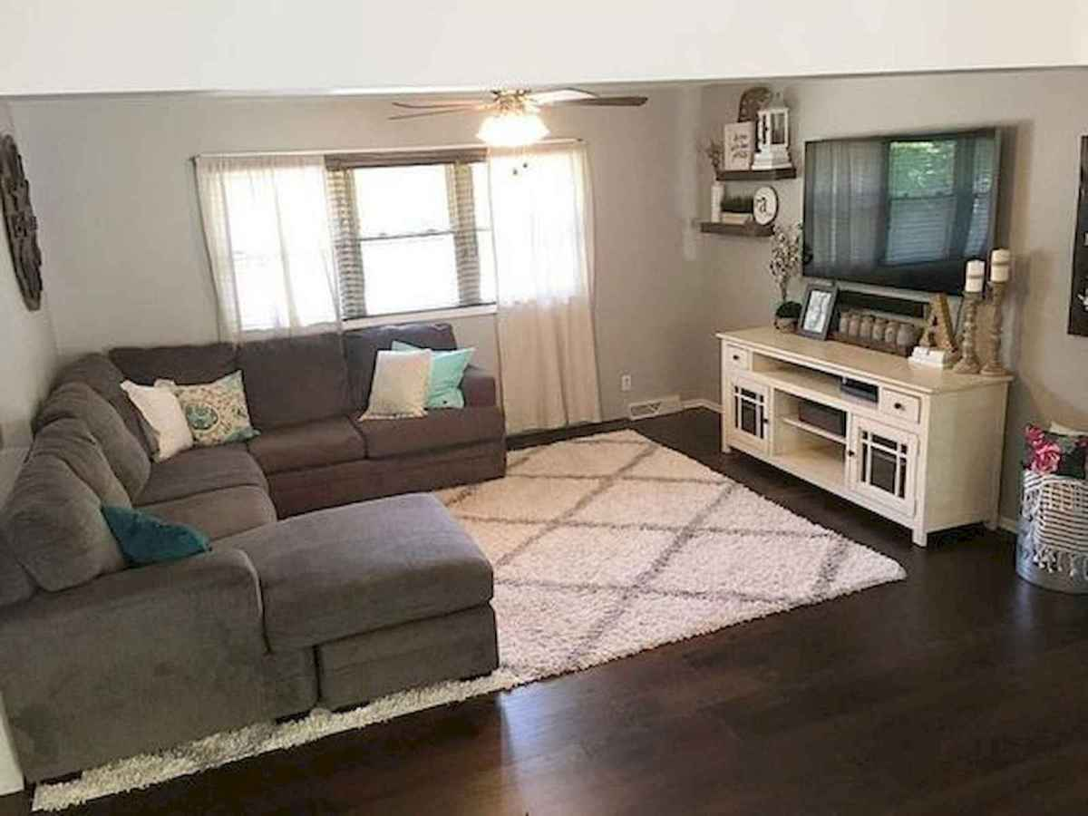 33 Farmhouse Living Room Flooring Ideas (29)